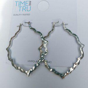 Jewelry - Silver Hammered Tear Drop Earrings
